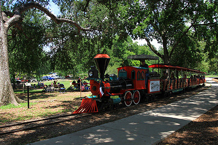 Miniature Train at Landa Park